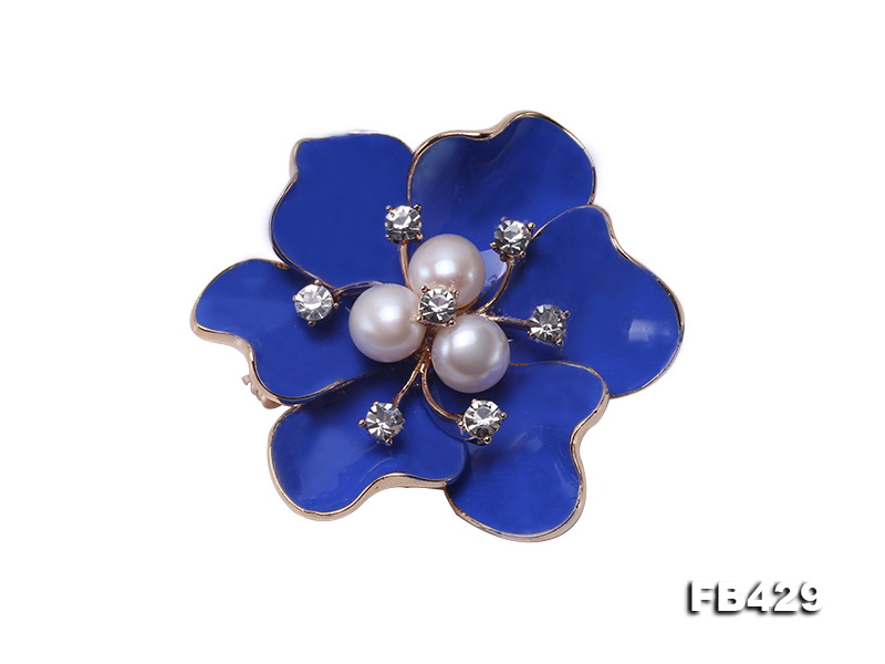6.5mm Natural Freshwater Pearl Flower-shaped Gold Plated  Brooches Blue big Image 1