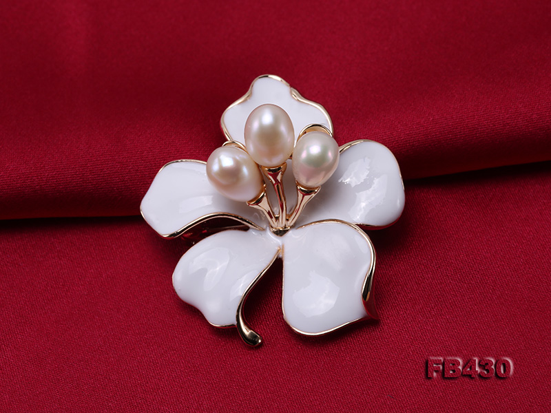 7-9mm White Natural Freshwater Gold Plated Flower-shaped Brooches big Image 10