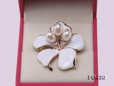 7-9mm White Natural Freshwater Gold Plated Flower-shaped Brooches FB430 Image 4