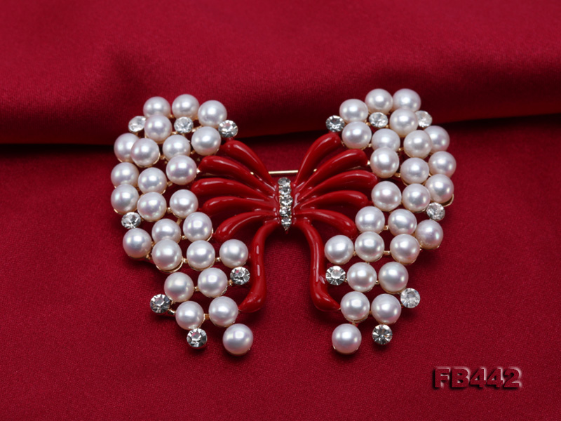 Beautiful Butterfly Pearl Brooch with Zircons big Image 5