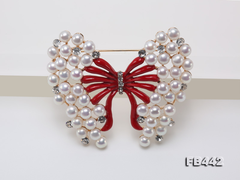 Beautiful Butterfly Pearl Brooch with Zircons big Image 8