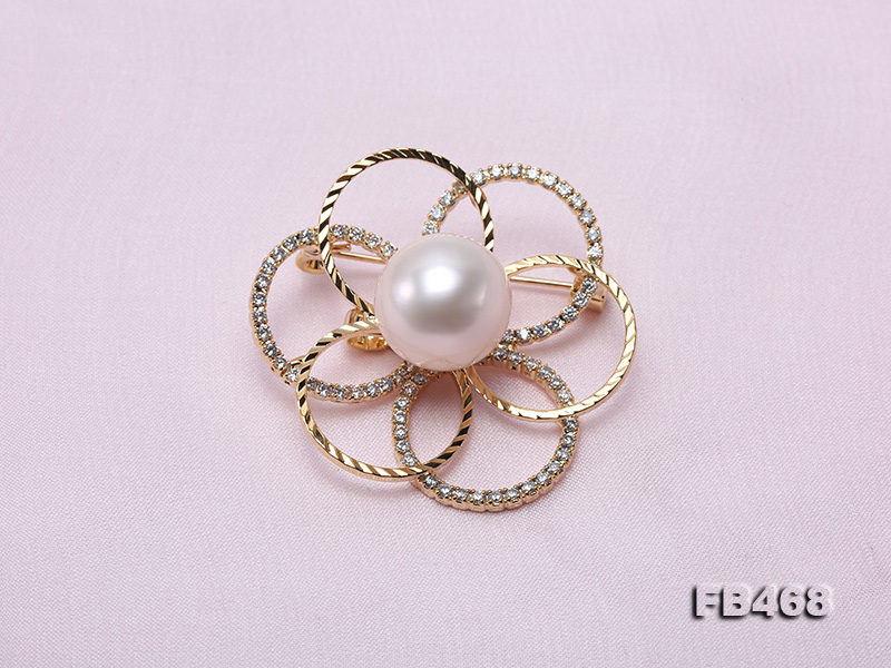 Lustrous 13.5mm White Round Edison Pearl Brooch/Pendant  big Image 3