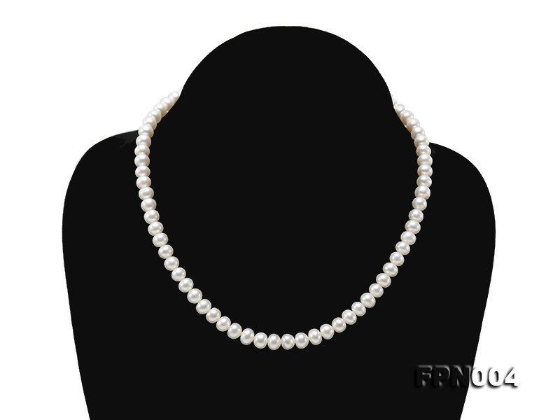 6-6.5mm White Flatly Round Freshwater Cultured Pearl Necklace big Image 1