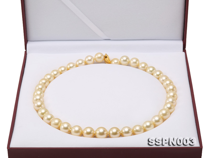 Luxurious 10-13mm Light Golden South Sea Pearl Necklace big Image 9