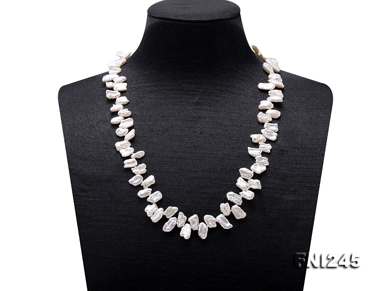 7×11mm White Biwa Freshwater Pearl Necklace big Image 1
