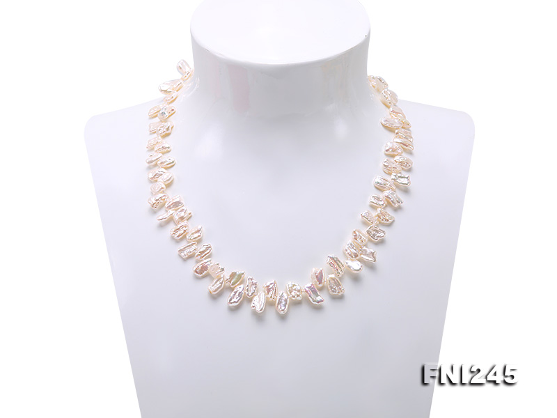 7×11mm White Biwa Freshwater Pearl Necklace big Image 2