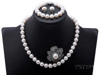 Classical 9.5-12.5mm White Pearl Necklace Bracelet Earring Brooch Set FNT296