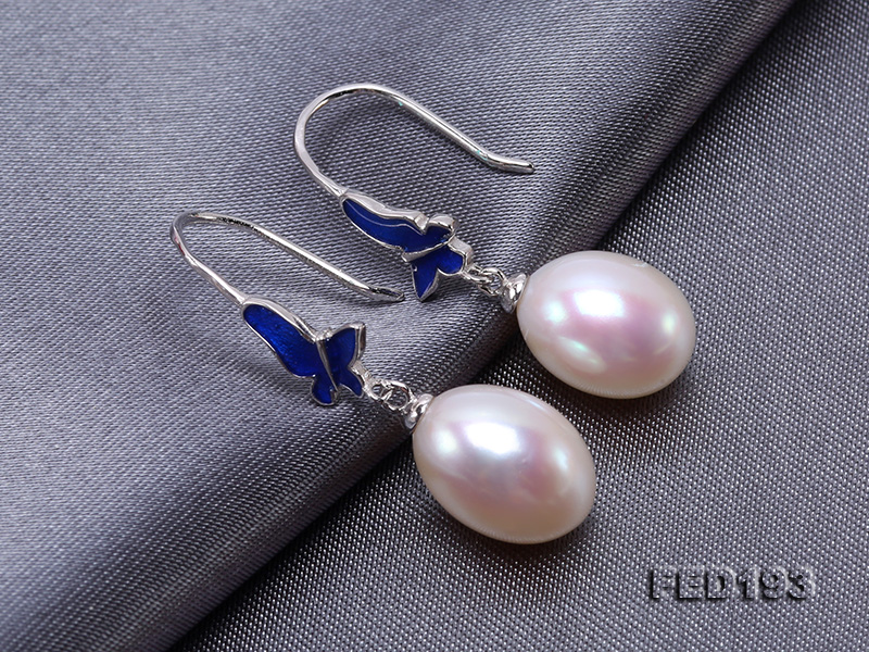 Classical 9.5x11.5mm White Oval Freshwater Pearl Earrings in Silver big Image 7