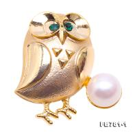 Fine Owl-style 10mm Flatly-round White Freshwater Pearl Brooch-Golden Tone FB781-1