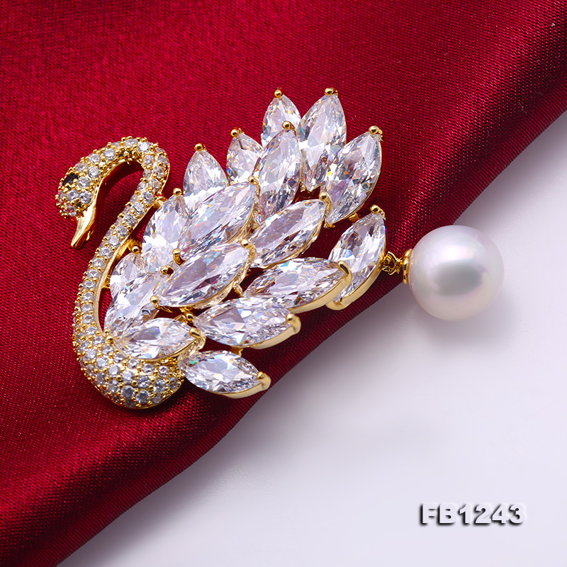 Exquisite Swan-shape 11mm Freshwater Pearl Brooch big Image 4