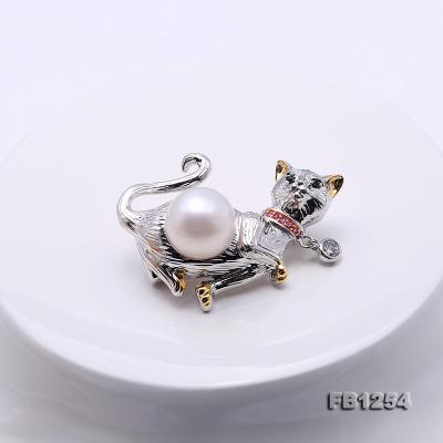 Lovely Cat-shape 10.5mm White Pearl Brooch FB1254 Image 3