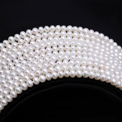 Classical Ten-Strand 4-4.5mm White Pearl Necklace FNM223 Image 2