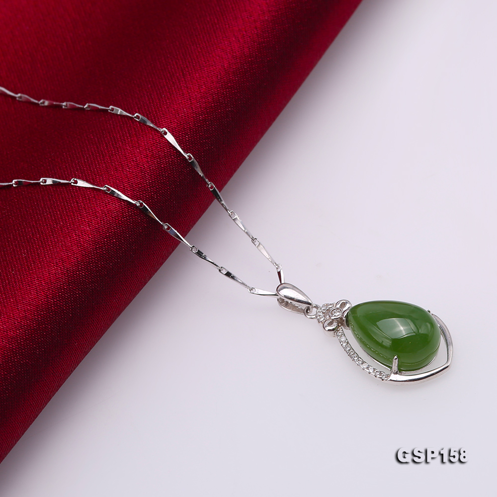 Charming 10x14mm Green Hetian Jade Pendant in 925 Silver big Image 4
