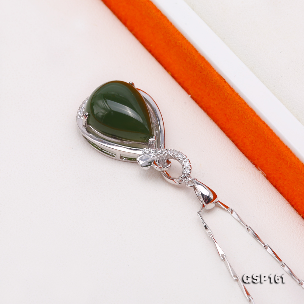 Charming 11.5x16.5mm Green Hetian Jade Pendant in 925 Silver big Image 3