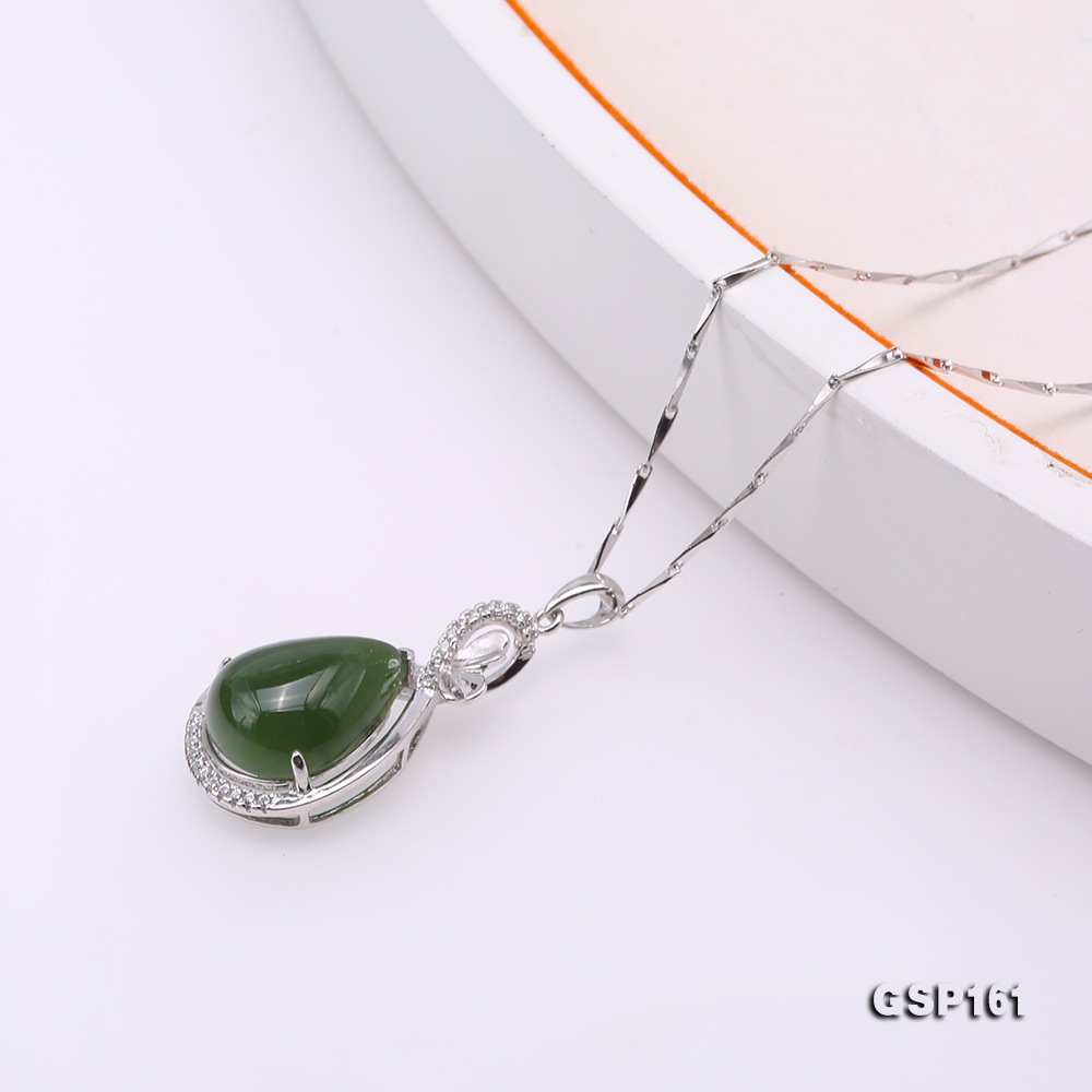 Charming 11.5x16.5mm Green Hetian Jade Pendant in 925 Silver big Image 4