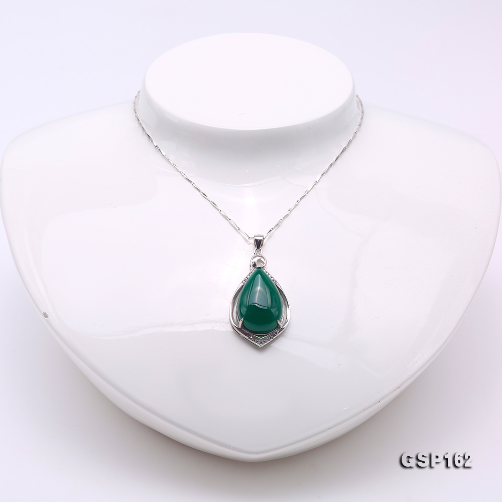 Charming 16x23mm Green Chalcedony Pendant in 925 Silver big Image 2