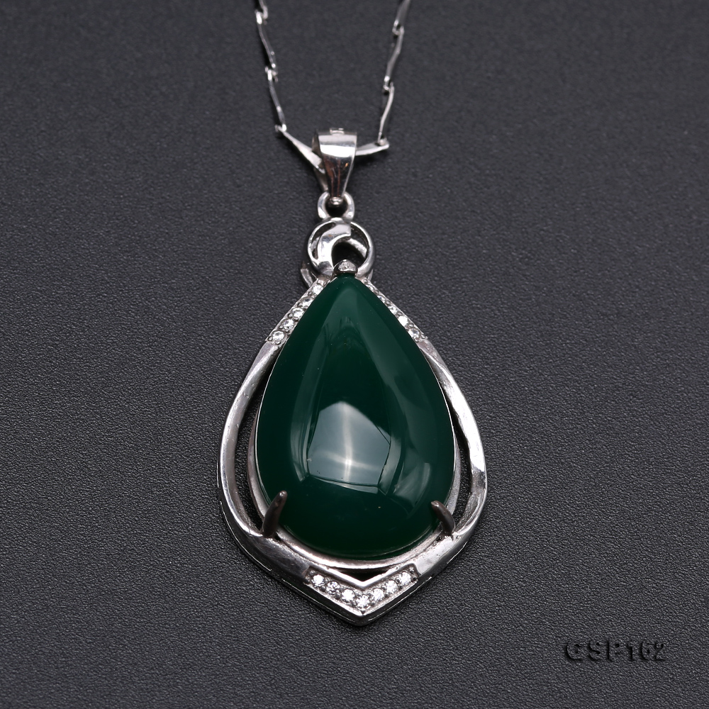 Charming 16x23mm Green Chalcedony Pendant in 925 Silver big Image 7