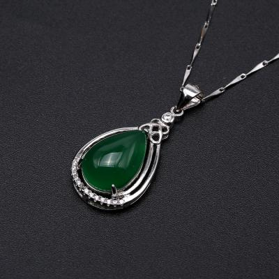 Charming 10x16mm Green Chalcedony Pendant in 925 Silver GSP163 Image 6