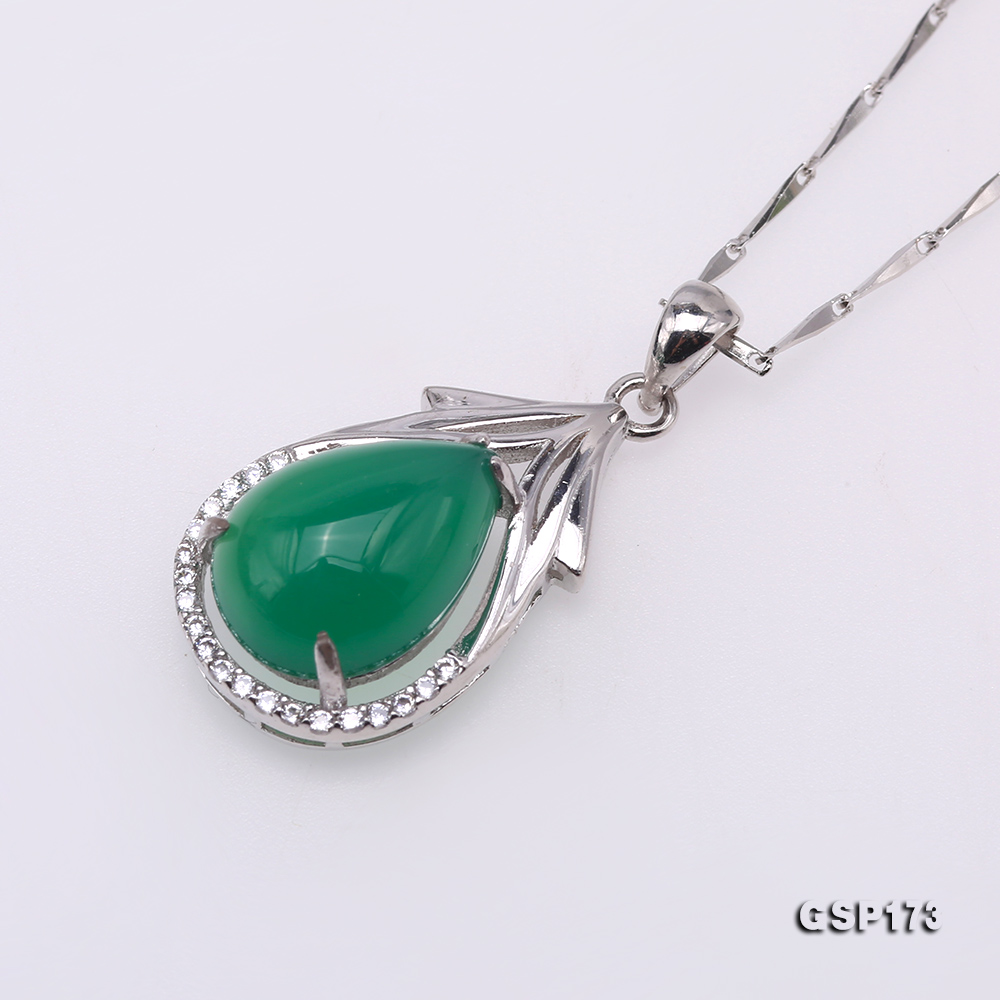 Charming 10x14mm Green Chalcedony Pendant in 925 Silver big Image 2