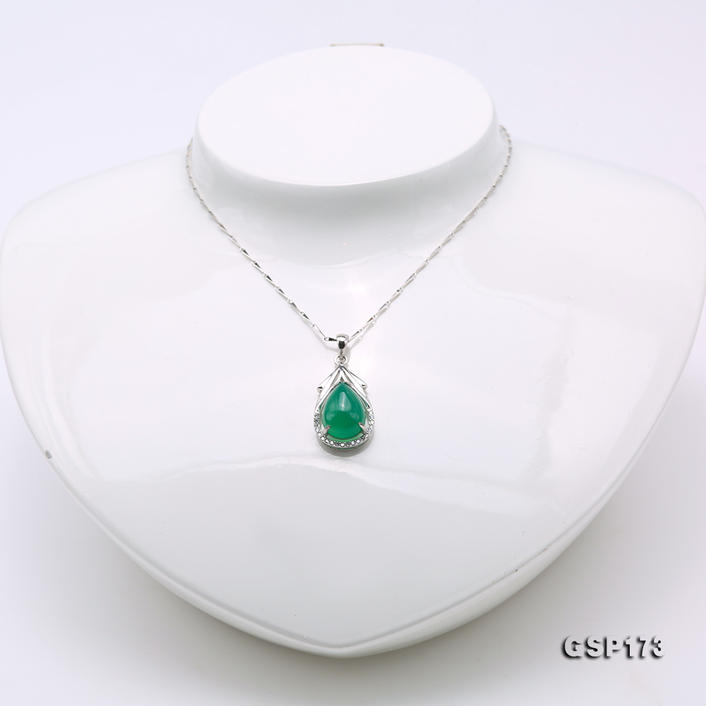 Charming 10x14mm Green Chalcedony Pendant in 925 Silver big Image 3