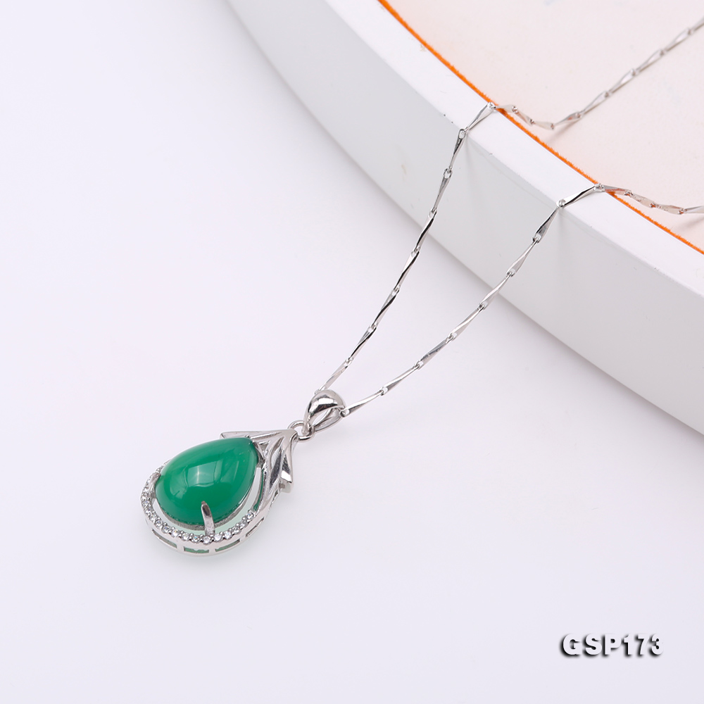 Charming 10x14mm Green Chalcedony Pendant in 925 Silver big Image 5