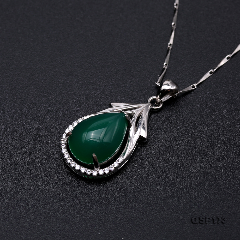 Charming 10x14mm Green Chalcedony Pendant in 925 Silver big Image 6