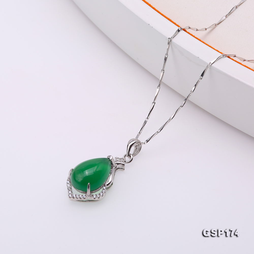 Charming 10x15mm Green Chalcedony Pendant in 925 Silver big Image 4