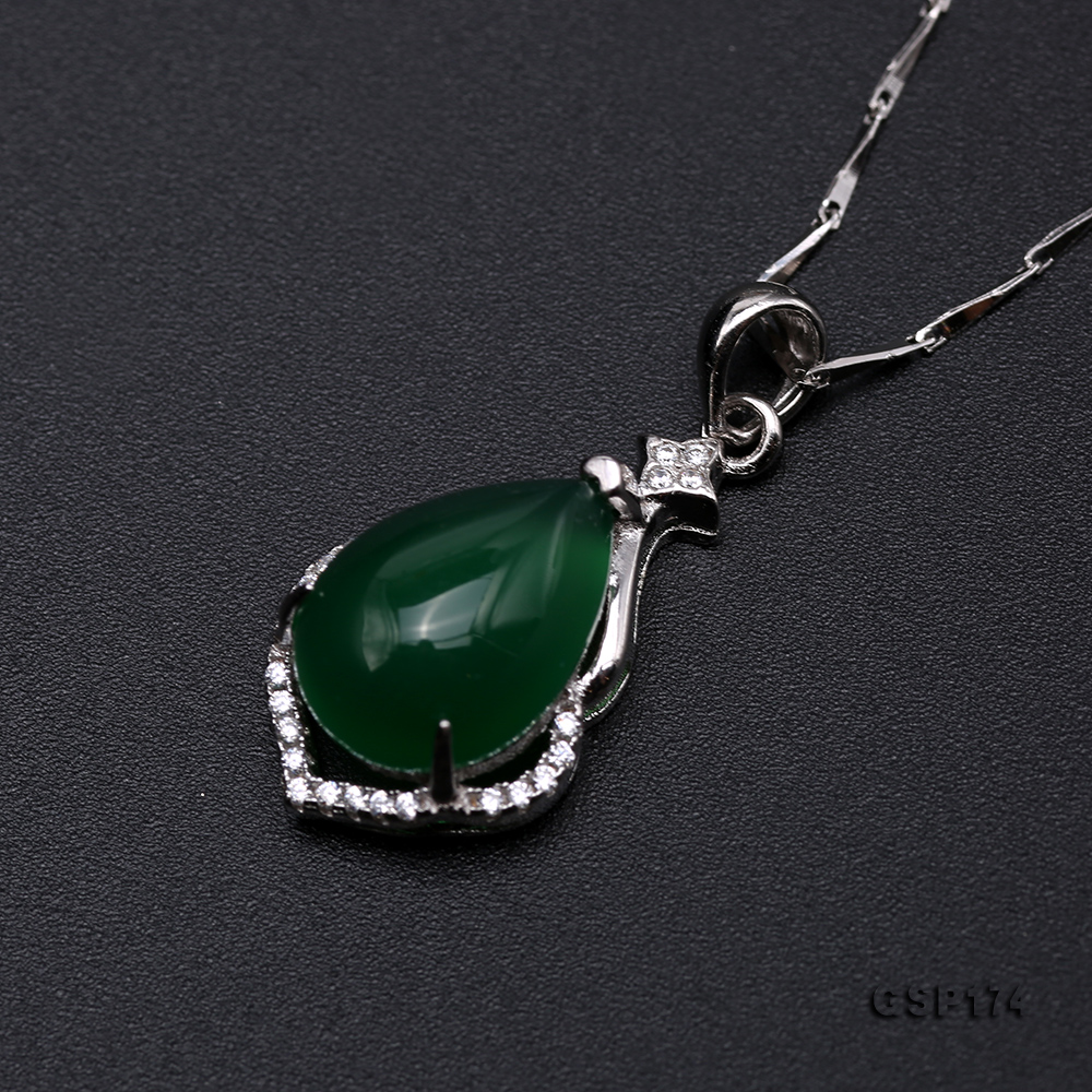 Charming 10x15mm Green Chalcedony Pendant in 925 Silver big Image 5