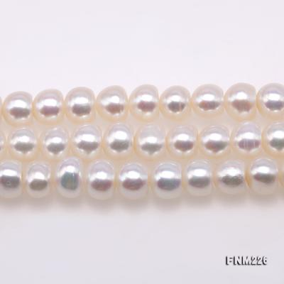 Classical 6-7mm White Pearl Three-Strand Necklace FNM226 Image 3