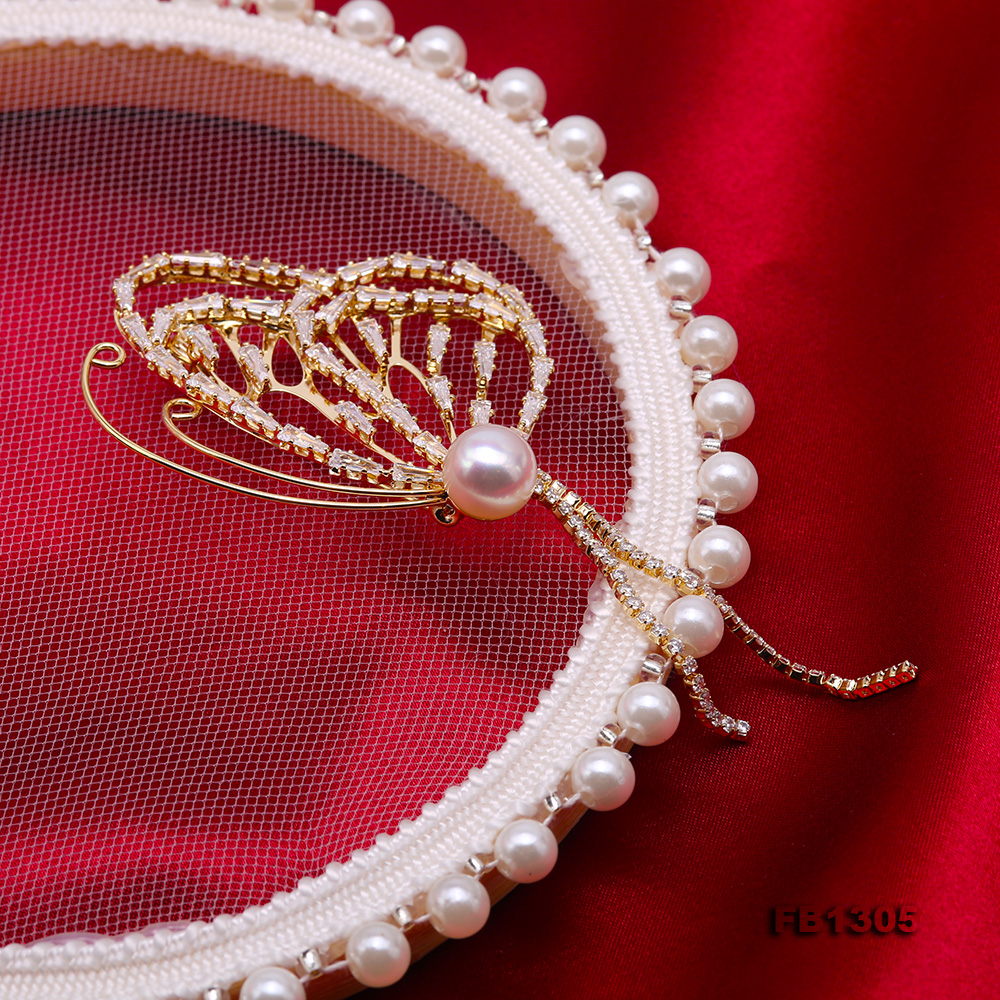 Gorgeous Butterfly Brooch with 9mm White Pearl big Image 5